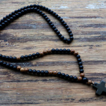 Wood Beads With Black Stone