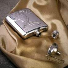 Creative Durable Eco-Friendly Stainless Steel Hip Flask with Funnel